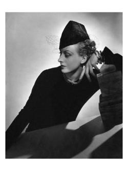 horst-p-horst-vogue-october-1935